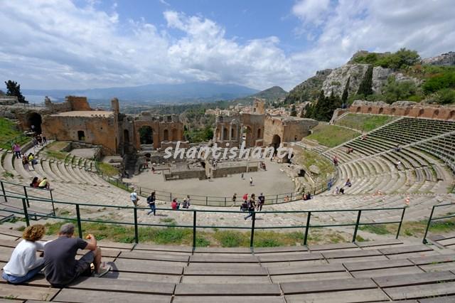 ギリシア劇場